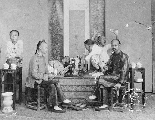 chinese-workers-opium-03