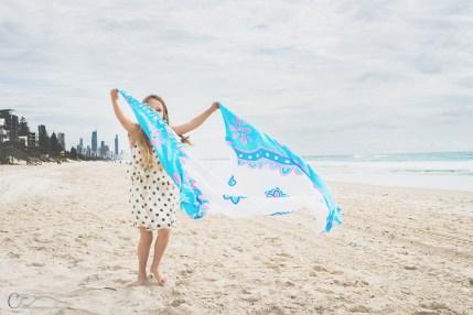 pretty beach portraits in Sydney