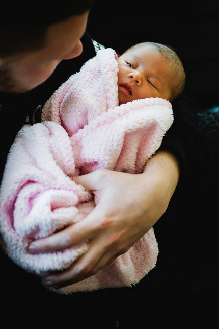 Newborn Sydney Photography_ baby girl with Dad