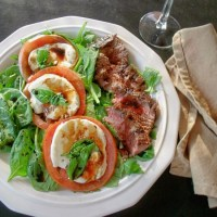 Steak Caprese Salad #WeekdaySupper