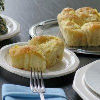 Honey Pineapple Pull-Apart Rolls #BreadBakers