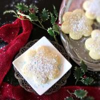 Snow Kisses Cookies #ChristmasCookies