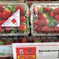 Strawberry Pasta Salad #SundaySupper #FLStrawberry