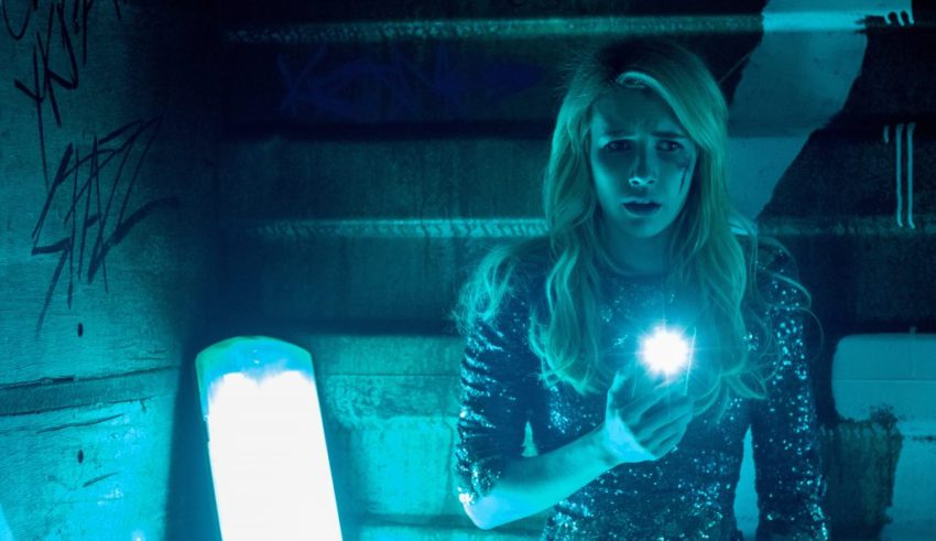 Nerve is a good movie that provides thrills as long as you're like me and had no idea what was about to happen. It would also help if you're the kind of person who is fine with it being as safe as it is.