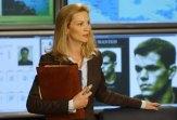 Pamela Landy (Joan Allen) - Por último e não menos importante, está Pamela Landy, que pode ser considerada uma caçadora do Bourne. No primeiro filme da franquia, ela é acusada por Noah e por outros agentes da CIA de traição, contudo, nos filmes seguintes, Landy não mede esforços para capturar Bourne e coloca a CIA sempre em alerta em caso de algum sinal do principal personagem da série. (Isabella Brilha)
