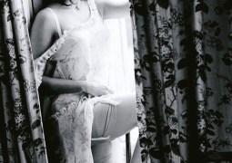 penelope-cruz-lingerie-06.jpg