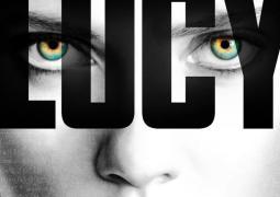 Crítica de Lucy. Irregular película de acción con una Johansson estupenda