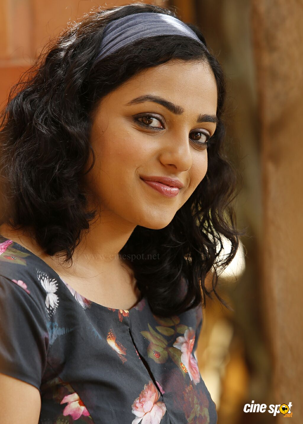 Girl Photo Wallpaper Download Nithya Menon In 100 Days Of Love 10