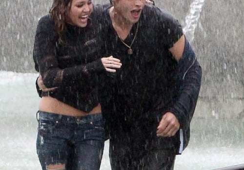 miley-cyrus-douglas-booth-wet-and-wild-11-500x687