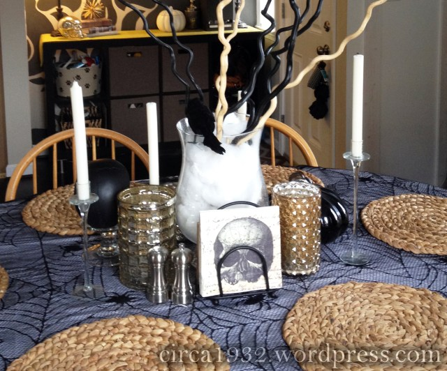 halloween tablescape back