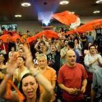 La rivoluzione arancione si tinge di giallo.