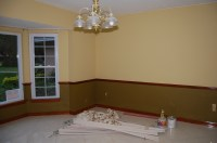 Crown molding style for 8 foot ceiling? (paint, color ...