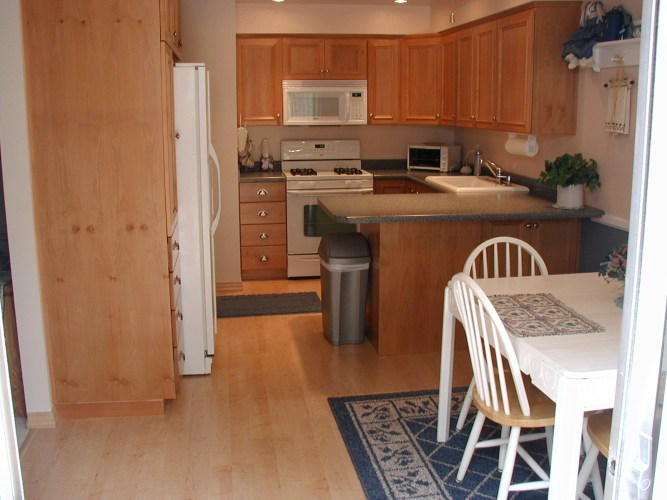 best counters corian formica granite formica kitchen countertops Best counters corian formica granite kitchen 8