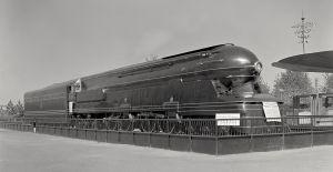 A Pennsylvania Railroad PRR S1 6-4-4-6 steam locomotive on display at the 1939/40 fair.