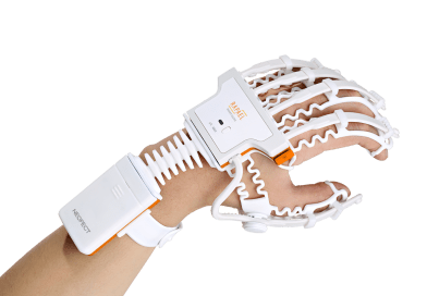 Rapael Smart Glove Helps Stroke Patients by Speeding up Their Rehabilitation
