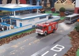 RC Modell Trucks auf einem Diorama