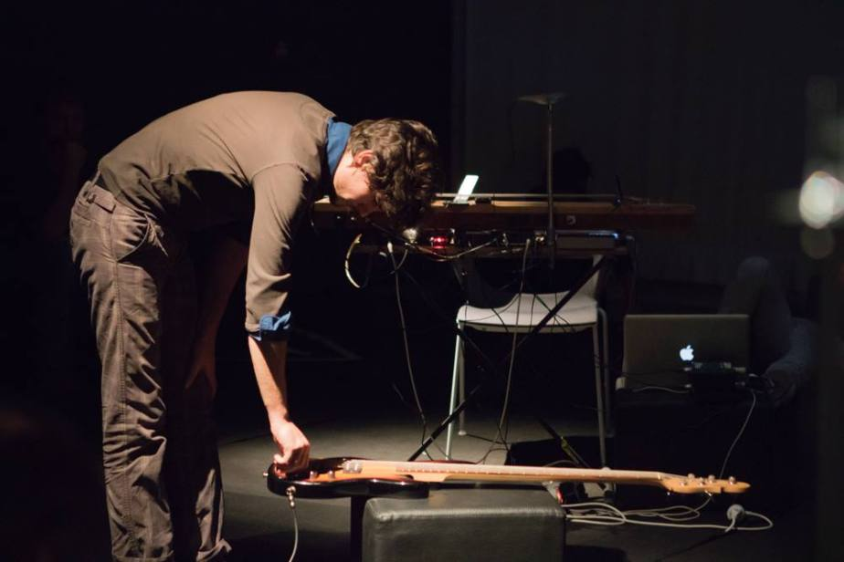 RIAM Festival For Unlimited Art & Music, at FRAC Paca (Marseille, FR). Concerts and sound performances: David Merlo, Pôm Bouvier, Clara de Asís, Virgile Abela. 9 october 2015. Photo © Sigrun Sauerzapfe.
