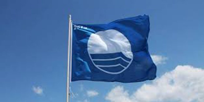 Blue Flags fly over Clare beaches