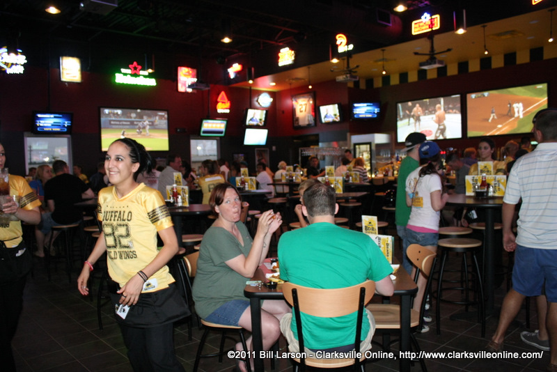 Index of /wp-content/gallery/buffalo-wild-wings-opening