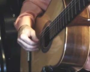 rp_classical-guitar-right-hand-arpeggios-300x239.jpg