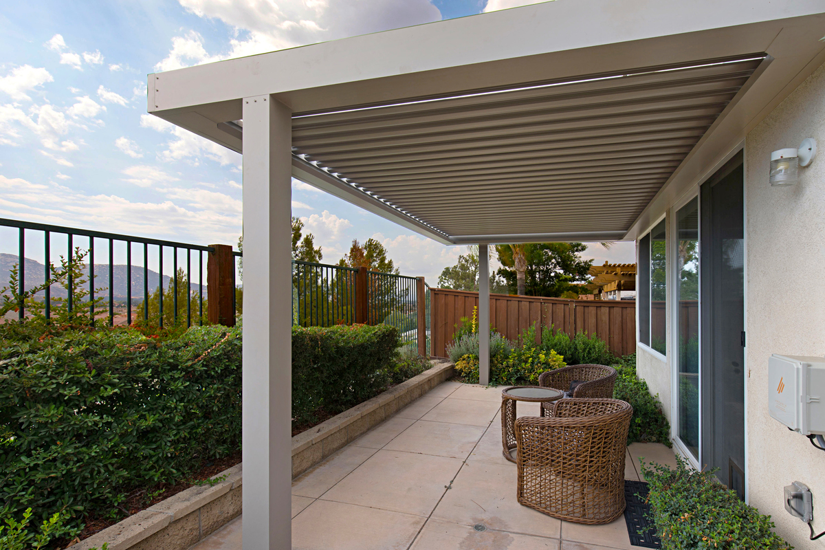 Patio Cover White Louvered Arcadia System