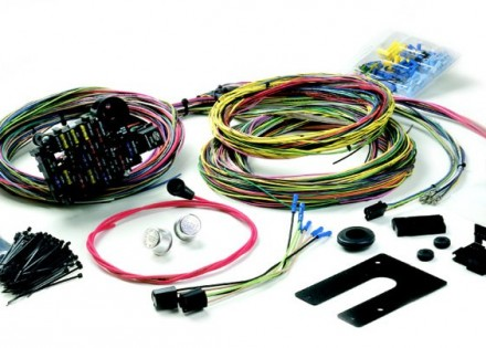 Painless Performance 18 Circuit Wiring Harness For Trucks - For GM