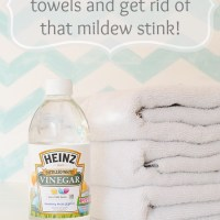 How to freshen your towels and get rid of that mildew stink