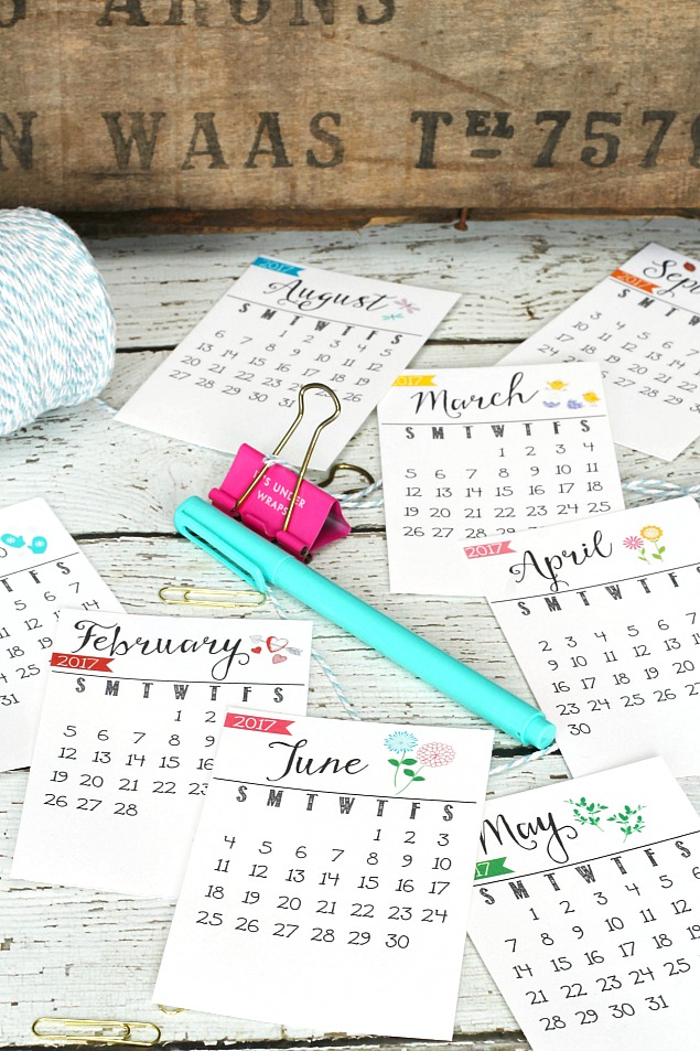 Free Printable 2017 Calendar - Clean and Scentsible - printable 2017 calendar