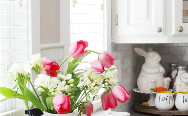 Simple Spring Decorations For The Kitchen Clean And Scentsible