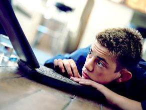 Internet Depression Sad Teen