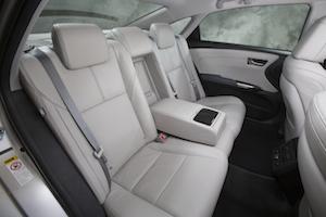 2013 Toyota Avalon Rear Seat