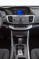 Honda-Accord-Hybrid-MPG-interior