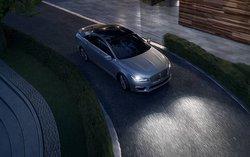 2017 Lincoln,MKZ Hybrid,headlight tech