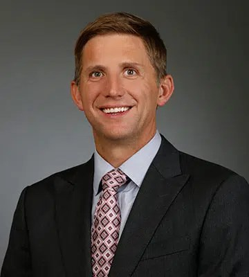 Dr William F Wiley - Ophtalmologist Cleveland Eye Clinic