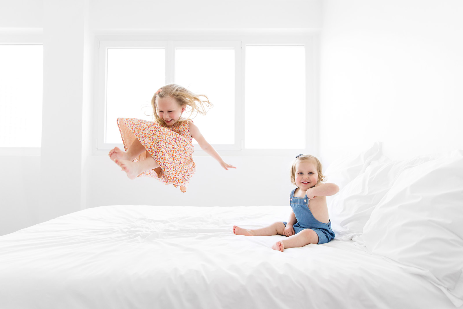 Pretty Little Girl Wallpaper 10 Simple Tips For Photographing Your Child Jumping On The Bed