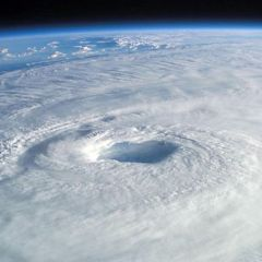 """NOAA: E' attesa una stagione degli uragani """"normale"""""""