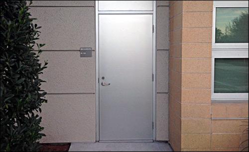 Lavanderia ... & Cline Doors - Sanfranciscolife