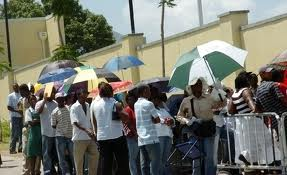Jamaicans in line at the US Embassy in Kingston