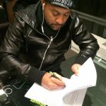 Shaggy signs deal with Sony Records.
