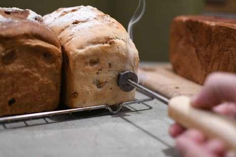 焼き印 食パン パン アイアン くるみパン レーズンパン