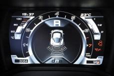 49-2015-alfa-romeo-4c-sensori-parcheggio