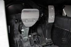 55-2015-alfa-romeo-4c-pedali