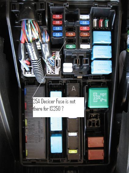 For Lexus Rx 330 Fuse Box Look Like Is250 Does Not Have The Decicer Fuse By Default