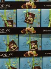 Costco-1112954-Godiva-Boxed-Chocolates-all