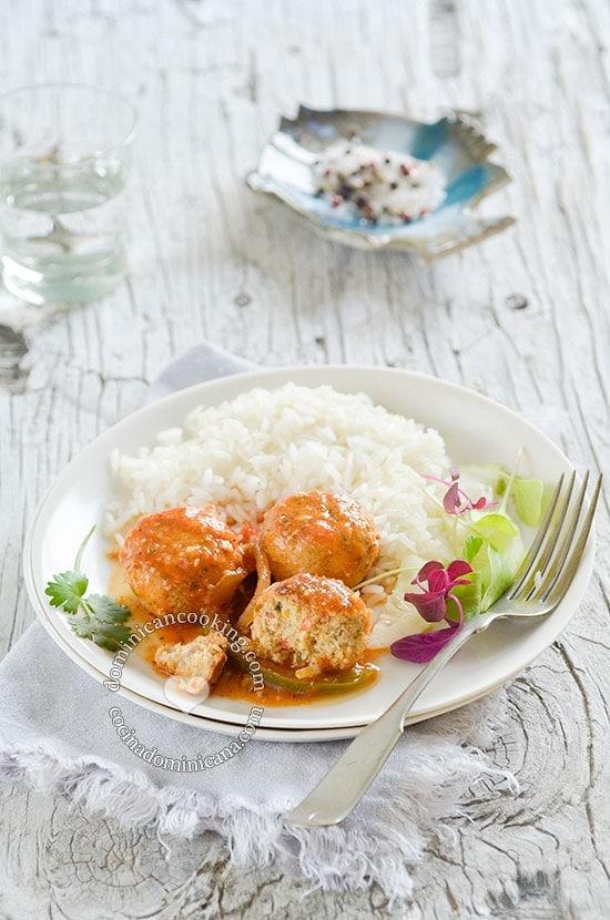 Receta Albóndigas de Pescado. El sabor del verano y la playa en tu mesa.