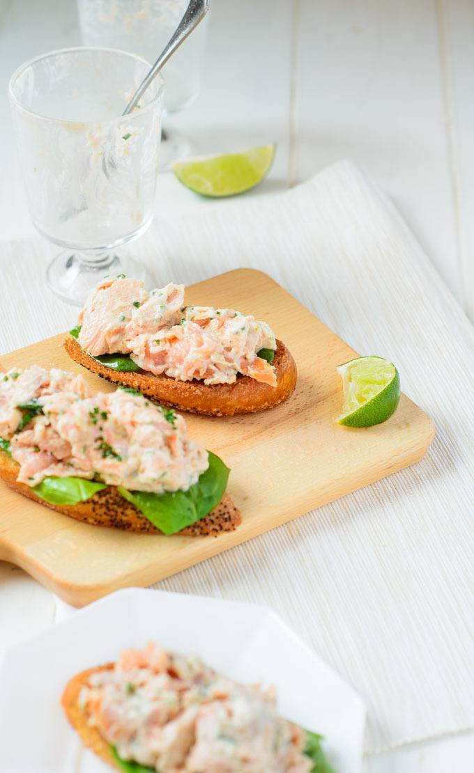 how to eat a smoked trout
