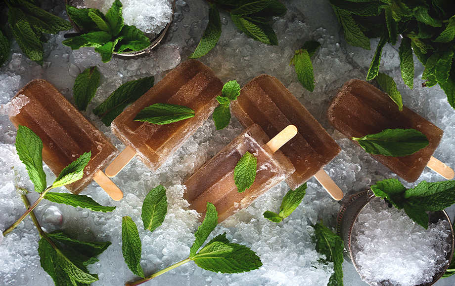 Have Your Booze and Eat It, Too: Our Favorite Alcoholic Popsicle Recipes
