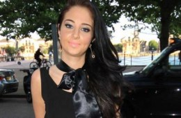 FAGONY AUNT: Tulisa's Career Takes A Nose-Dive