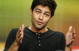 In Case You Wondered: Adrian Grenier Is HUNG… and Hairy (Apparently)