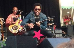 Lenny Kravitz Splits Trousers, Flashes Peen To Swedish Fans… And The World [NSFW]